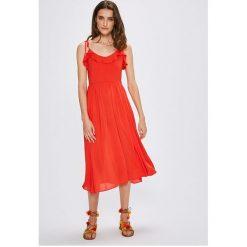 Vero Moda - Sukienka. Szare sukienki na komunię marki Vero Moda, na co dzień, m, z tkaniny, casualowe, midi, rozkloszowane. W wyprzedaży za 139,90 zł.