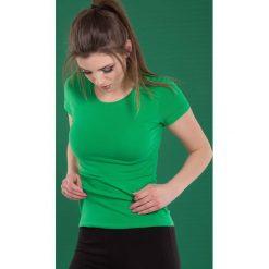 Bluzka basic krótki rękaw okrągły dekolt butelkowa zieleń. Zielone bluzki damskie Yups, l, z bawełny, młodzieżowe, z okrągłym kołnierzem, z krótkim rękawem. Za 29,99 zł.