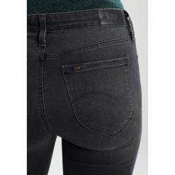 Lee JODEE Jeans Skinny Fit blue black denim. Czarne rurki damskie Lee. W wyprzedaży za 359,10 zł.