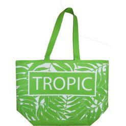 """Torba plażowa """"Texty"""" w kolorze zielonym - 35 x 58 x 23 cm. Zielone shopper bag damskie Le Comptoir de la Plage, z tworzywa sztucznego. W wyprzedaży za 38,95 zł."""