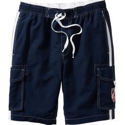 Bermudy plażowe Regular Fit bonprix ciemnoniebieski. Niebieskie bermudy męskie bonprix. Za 59,99 zł.