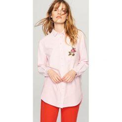 Koszula z ozdobną kieszonką - Różowy. Czerwone koszule damskie marki Reserved. Za 69,99 zł.