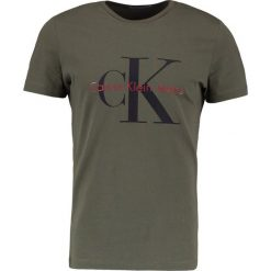 Calvin Klein Jeans TAMASY SLIM FIT TEE Tshirt z nadrukiem grape leaf. Brązowe koszulki polo Calvin Klein Jeans, m, z nadrukiem, z bawełny. Za 229,00 zł.