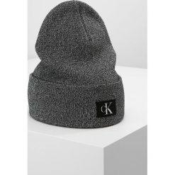 Czapki damskie: Calvin Klein Jeans J REISSUE  Czapka black