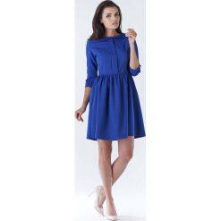 Niebieska Elegancka Sukienka z Okrągłym Kołnierzykiem. Czerwone sukienki balowe marki Molly.pl, l, z jeansu, z dekoltem na plecach, z długim rękawem. Za 139,90 zł.