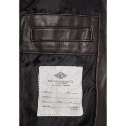 Petrol Industries Kurtka ze skóry ekologicznej black. Niebieskie kurtki męskie skórzane marki Petrol Industries. W wyprzedaży za 293,30 zł.