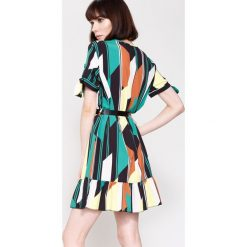 Sukienki hiszpanki: Zielono-Żółta Sukienka Colourfull Wind