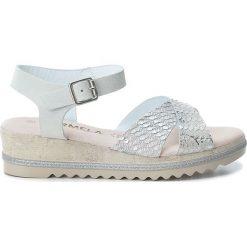 Rzymianki damskie: Skórzane sandały w kolorze srebrno-białym