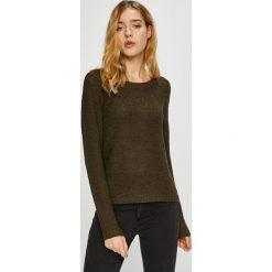 Only - Sweter. Brązowe swetry klasyczne damskie ONLY, l, z dzianiny, z okrągłym kołnierzem. W wyprzedaży za 69,90 zł.