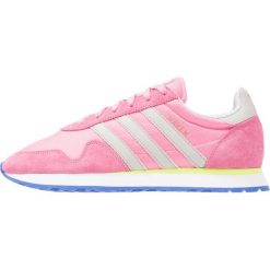 Trampki męskie: adidas Originals HAVEN Tenisówki i Trampki easy pink/clear granite/solar yellow