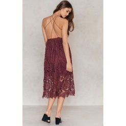 Sukienki: NA-KD Boho Sukienka z ażurową koronką - Red