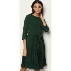 Ciemnozielona Sukienka Pleated Belted. Zielone sukienki marki Reserved, z wiskozy. Za 99,99 zł.