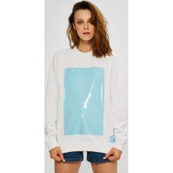 Calvin Klein Jeans - Bluza. Szare bluzy rozpinane damskie Calvin Klein Jeans, l, z nadrukiem, z bawełny, bez kaptura. W wyprzedaży za 319,90 zł.
