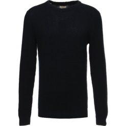 Swetry klasyczne męskie: Selected Homme SHHLANDON CREW NECK Sweter dark sapphire