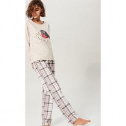 Dwuczęściowa piżama - Jasny szar. Szare piżamy damskie marki House, l, z nadrukiem. Za 129,99 zł.