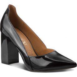 Półbuty CAPRICE - 9-22401-21 Black Patent 018. Czarne półbuty damskie lakierowane Caprice, z lakierowanej skóry, na obcasie. Za 249,90 zł.