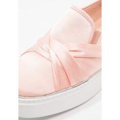Creepersy damskie: Glamorous Półbuty wsuwane pink