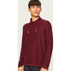 Sweter z wysokim kołnierzem - Bordowy. Czerwone swetry klasyczne męskie marki Reserved, l. Za 99,99 zł.