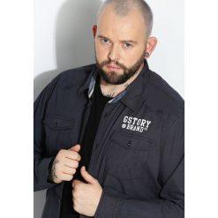 Granatowa Koszula Informal. Czarne koszule męskie na spinki marki Born2be, l, z aplikacjami, z dresówki. Za 64,99 zł.