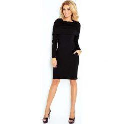 Czarna Sukienka Dopasowana z Obfitym Golfem. Czarne długie sukienki marki Molly.pl, m, z tkaniny, eleganckie, z golfem, z długim rękawem, dopasowane. Za 149,90 zł.