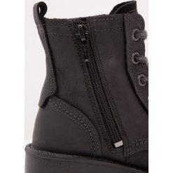 Ecco ELAINE Botki sznurowane black. Czarne buty zimowe damskie ecco, z materiału, na sznurówki. W wyprzedaży za 374,25 zł.