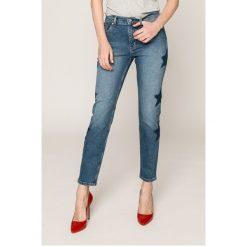 Tommy Jeans - Jeansy Izzy. Niebieskie jeansy damskie rurki Tommy Jeans, z podwyższonym stanem. Za 599,90 zł.