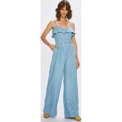 Guess Jeans - Kombinezon Sapphira. Szare kombinezony damskie marki Reserved. W wyprzedaży za 429,90 zł.