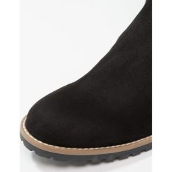 Anna Field Muszkieterki black. Czarne buty zimowe damskie Anna Field, z materiału. W wyprzedaży za 167,20 zł.