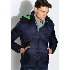 Granatowa Kurtka Time To Change. Czarne kurtki męskie pikowane marki Born2be, l, z aplikacjami, z dresówki. Za 189,99 zł.