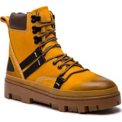 Trapery DIESEL - D-Vibe Hikeb Y01818 P0548 T3061 Sunflower. Żółte glany męskie Diesel, z materiału. Za 1039,00 zł.