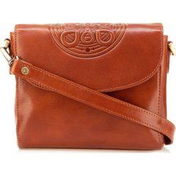 Torebka damska 04-4-071-5. Różowe torebki klasyczne damskie Wittchen, w paski, z tłoczeniem. Za 599,00 zł.