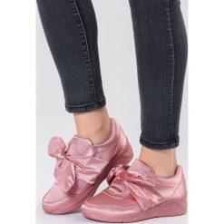 Różowe Buty Sportowe Sound Of Silence. Szare buty sportowe damskie marki other, z materiału. Za 69,99 zł.