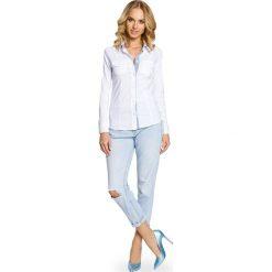 DANIELLA Klasyczna taliowana koszula ze wstawką - biała. Białe koszule damskie w kratkę Moe, m, z elastanu, eleganckie, z klasycznym kołnierzykiem, z długim rękawem. Za 119,00 zł.