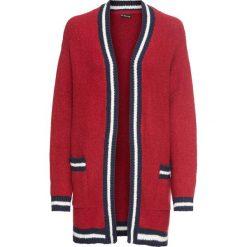 Płaszcz dzianinowy z paskami bonprix czerwony. Czerwone płaszcze damskie bonprix, w paski, z dzianiny, sportowe. Za 119,99 zł.