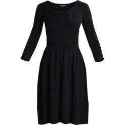 Sukienki dzianinowe: mint&berry Sukienka dzianinowa black