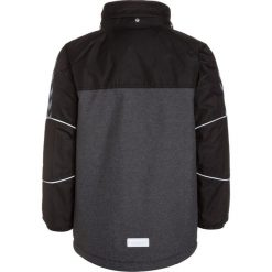 Hummel CLARK Płaszcz zimowy black. Czarne kurtki chłopięce zimowe marki Hummel, z materiału. W wyprzedaży za 404,10 zł.