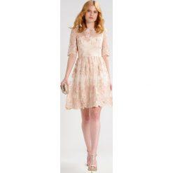 Sukienki hiszpanki: Adrianna Papell Sukienka koktajlowa blush/gold