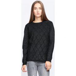 Czarny Sweter Wait For Love. Czarne swetry klasyczne damskie Born2be, l, ze splotem, z okrągłym kołnierzem. Za 49,99 zł.