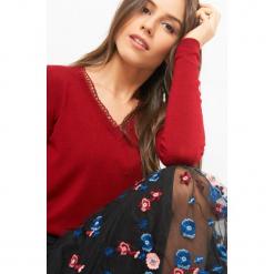 Sweter z ażurową lamówką. Brązowe swetry klasyczne damskie marki Orsay, s, z dzianiny. Za 79,99 zł.