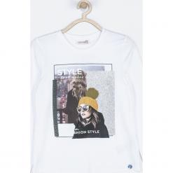 Koszulka. Białe bluzki dziewczęce bawełniane marki WISH, z aplikacjami, z długim rękawem. Za 55,90 zł.