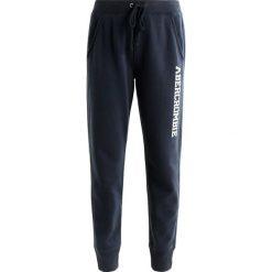 Spodnie dresowe damskie: Abercrombie & Fitch DOORBUSTER JOGGER  Spodnie treningowe navy