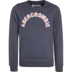 Abercrombie & Fitch EVERYBODY CREW  Bluza blue. Niebieskie bluzy dziewczęce Abercrombie & Fitch, z bawełny. Za 129,00 zł.