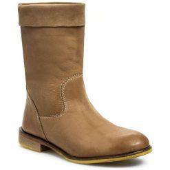 Kozaki MANAS - 141D0310SP Goa Beige. Brązowe buty zimowe damskie marki MANAS, z nubiku, na obcasie. W wyprzedaży za 289,00 zł.