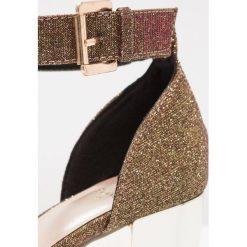 Rzymianki damskie: Evans WIDE FIT FRANZI Sandały glitter