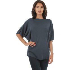 Sweter w kolorze granatowym. Niebieskie swetry klasyczne damskie marki L'étoile du cachemire, z kaszmiru, z okrągłym kołnierzem. W wyprzedaży za 108,95 zł.