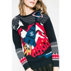 Medicine - Sweter Xmas. Szare swetry klasyczne damskie MEDICINE, l, z bawełny, z okrągłym kołnierzem. Za 99,90 zł.