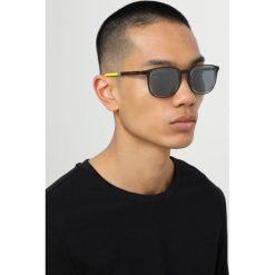 Dolce&Gabbana Okulary przeciwsłoneczne transparent grey. Szare okulary przeciwsłoneczne męskie wayfarery Dolce&Gabbana. Za 819,00 zł.