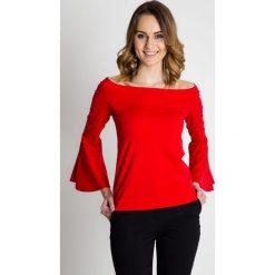 Czerwona bluzka z rozkloszowanymi rękawami BIALCON. Czerwone bluzki na imprezę marki BIALCON, s, ze skóry, wizytowe, z dekoltem w łódkę. Za 115,00 zł.