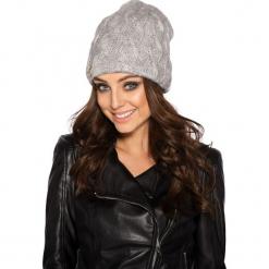 Kobieca czapka w warkocze jasnoszary. Szare czapki zimowe damskie Lemoniade. Za 57,90 zł.