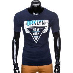 T-shirty męskie: T-SHIRT MĘSKI Z NADRUKIEM S939 – GRANATOWY